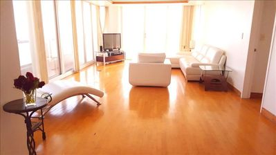 Photo for Spacious 2 br 180degree water view, Miami