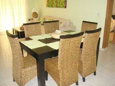 Dining Room with Seating for 6 People