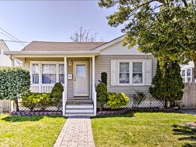 Photo for Trendy North Wildwood Home - 4 Blocks to the Beach