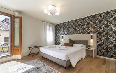 Photo for Room 8 - Grifoni Boutique Hotel - Rent for rooms for 2 people in Venecia