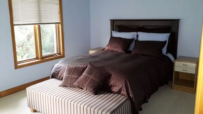 Photo for Private bedroom with shared bath near Blue Mtn Village
