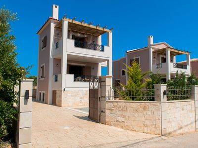 Photo for This 3-bedroom villa for up to 6 guests is located in Adele and has a private swimming pool, air-con