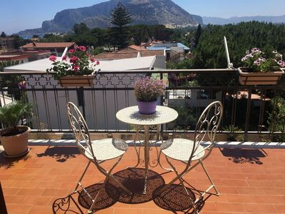 Photo for BEAUTIFUL APARTMENT NEAR THE SEA (MONDELLO)