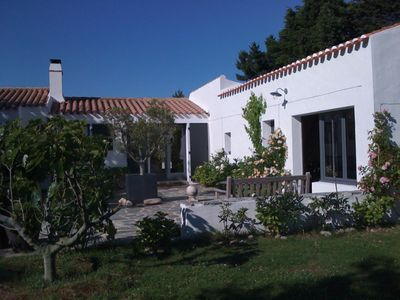 Photo for House of 135 m2, 4 bedrooms, 3000m2 garden, quiet, near the Vieux Chateau