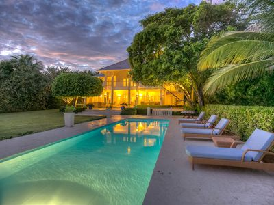Photo for Elegant Oceanfront Villa with outstanding views