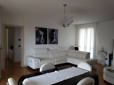 Photo for Beautiful three bedroom apartment