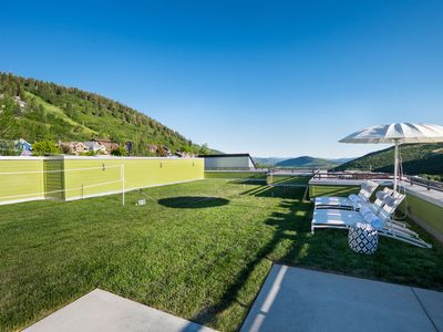 Photo for Parkite on Main | Amazing 4,000 ft² Rooftop Deck | Private Hot Tub | Concierge