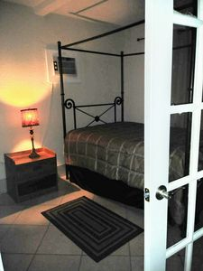 Photo for Little Havana Local 2 bed. With Patio.