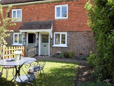Photo for 2 bedroom Cottage in Edenbridge - 59591