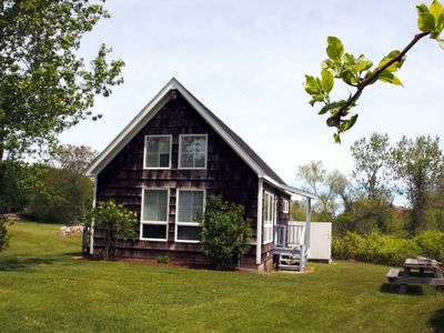 Photo for Sunny Cottage at the Old Town Inn on Block Island