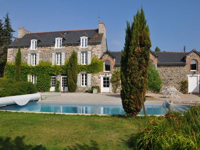 Photo for Exceptional residence between sea and countryside with heated pool.