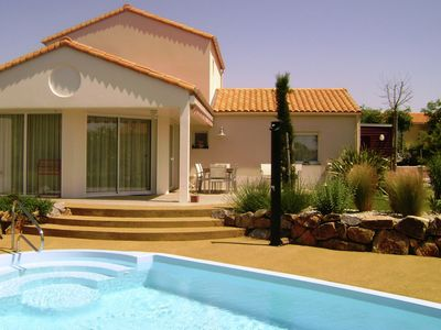 Photo for Comfortable luxury villa in resort with many facilities just 800 m from the sea