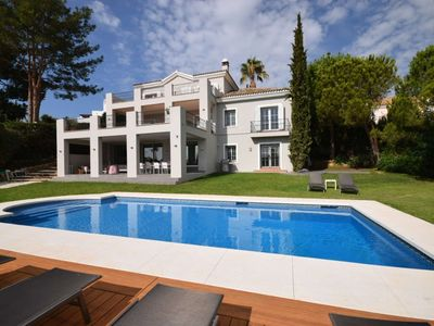 Photo for Villa 5 bedrooms with private pool, Puerto Banus, Nueva Andalucia to rent