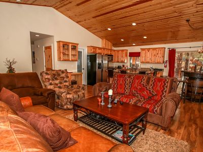 Photo for House in the center of Big Bear Lake with Parking, Internet, Washing machine, Balcony (983535)
