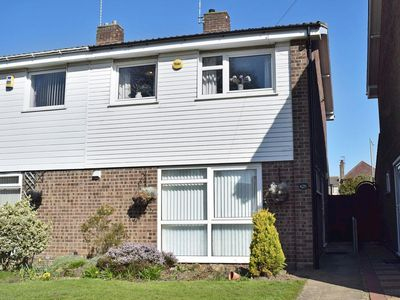 Photo for 3 bedroom accommodation in Pakefield, near Lowestoft