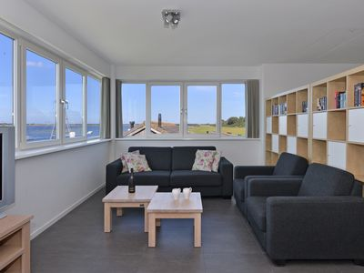Photo for Apartment, 6 people, exceptional location on the Veerse sea