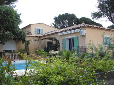 Photo for Large Studio independ., Quiet, Nimes, terrace and pool, Frame Greenery
