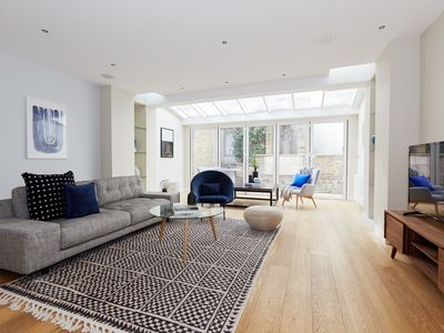 Photo for Expansive 4BR in Knightsbridge by Sonder