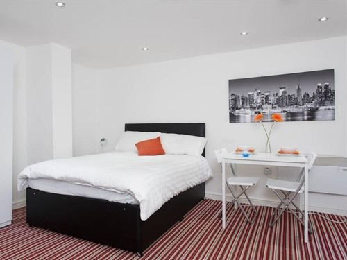 Brownhill House Apartments, Leeds: Brownhill House Apartments, Leeds    8475719
