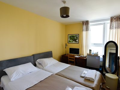 Photo for Budget Guest Room in Swiss Cottage, Hampstead, London NW3