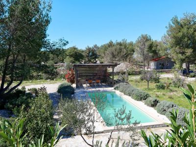 Photo for 4 bedroom Villa, sleeps 10 in Milna with Pool, Air Con and WiFi