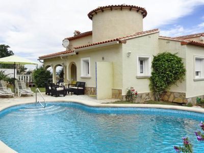 Photo for holiday home, Denia  in Um Valencia - 4 persons, 2 bedrooms