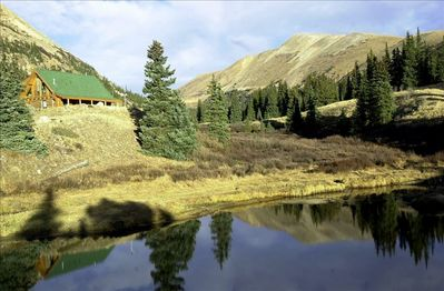 Welcome to Mountain Creek Lodge!   A True Rocky Mountain Escape!