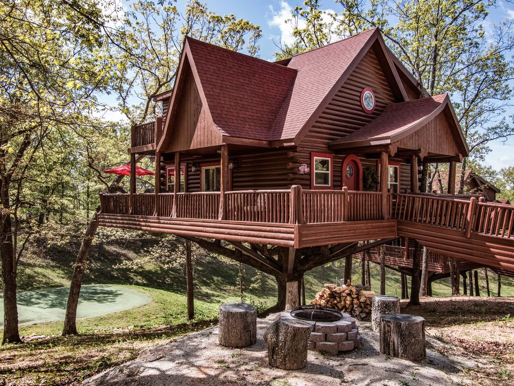 luxury treehouse located next to big cedar vrbo