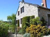 Delightfully located gîte with a superb garden