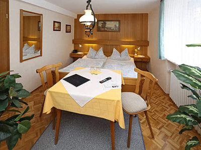 Photo for Double room standard - guest house and guesthouse In the Hofreite