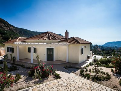 Photo for Villa set in extensive landscaped grounds, overlooking the bay of Katelios