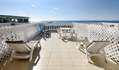 Photo for Oceanfront 1 bedroom in Plaza Marina (PMS5)
