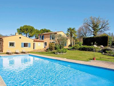 Photo for 5 bedroom Villa, sleeps 10 in Saint-Cézaire-sur-Siagne with Pool and WiFi
