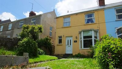 Photo for Green Gate - Three Bedroom House, Sleeps 5