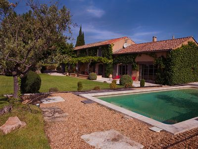 Photo for In Violès, Vaucluse, luxury landhouse for your holiday, heated pool
