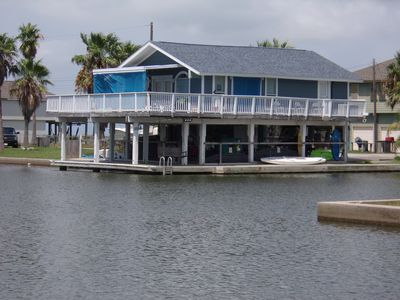 Canals -Fish Light-Kayaks-Boogie Boards-Golf Cart - Beach Close-Relaxing Getaway
