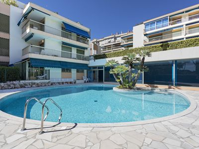 Photo for Enden Park Apartment, with shared swimming pool and Sauna