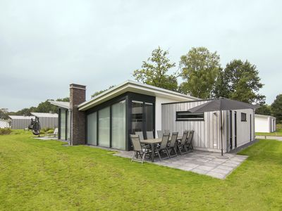 Photo for Extra luxury 10-person bungalow in the holiday park Landal Amerongse Berg - in the woods/woodland setting