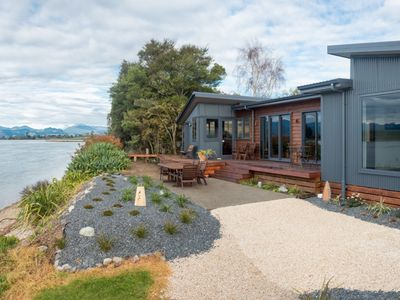 Photo for Stunning water front executive home Mapua Channel