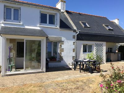 Photo for Renovated Breton house near the ocean (100 m) with enclosed garden.