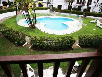 Photo for Estepona-Villacana. Apartment near the sea with pool views