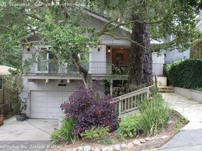 Photo for Carmel Seahorse. 3 blocks to Carmel Beach! 30 Night stays or more only
