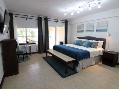 Photo for One Bedroom Apartment with private balcony & Ocean view #10