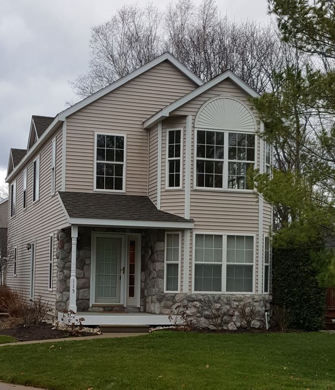 Local Rental Properties: Fantastic Rental Property Close To Downtown Charlevoix And