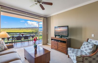 Photo for Maui Resort Rentals: Honua Kai Konea 930 - 9th Floor 1BR w/ Expansive West Maui Mountain Views