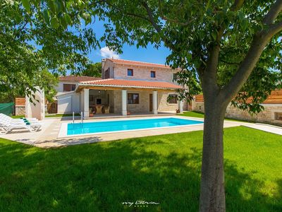 Photo for Beautiful new villa with private pool