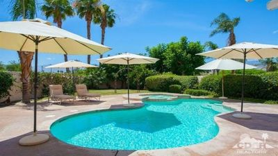 Photo for 3 Bedrooms 3.5 Bath With Fire Pit, Pool And Spa Near El Paseo!
