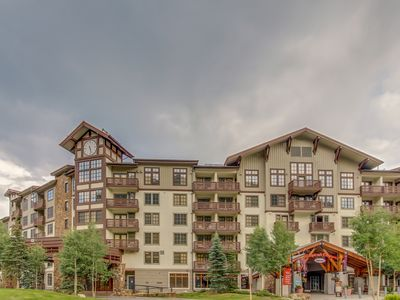 Photo for Inviting resort condo w/ shared hot tub, heated pool, & firepit - walk to lifts!