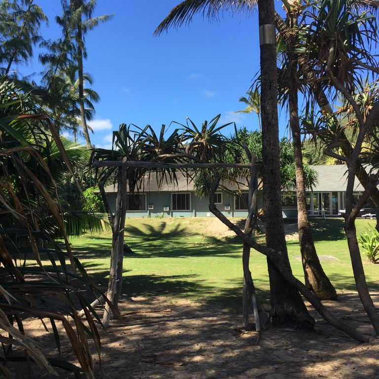 Beach House For Rent Oahu: Paradise Beachfront Private Estate, Laie Small Weddings
