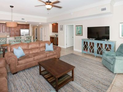 """Photo for Gulf-front with 60"""" TV, In/Out/Zero entry pools, Water slide, Hot tub, Sauna 